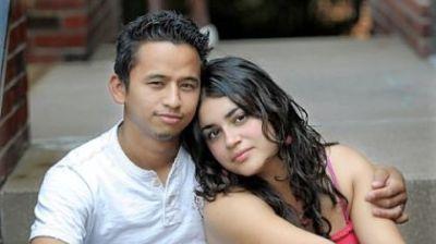 The-newlywed-Mejias-Milton-and-Stephany